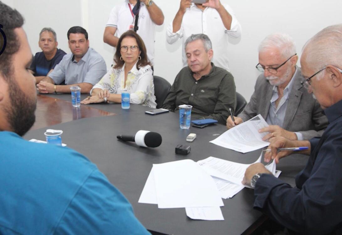Hospital Regional assina convênio para receber R$5 milhões em emendas parlamentares